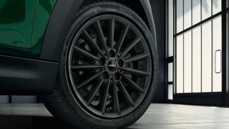 "MINI 3-door Hatch – 17"" JCW multi-spoke style 505"
