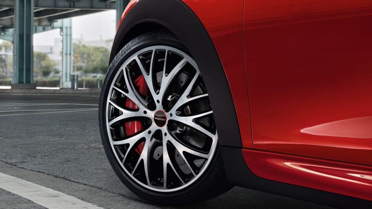 "MINI 3-door Hatch – 18"" JCW cross spoke style 506"